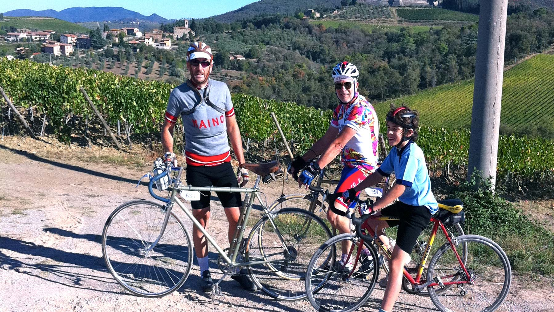 ANYONE WITH TWO WHEELS - Farm Holiday Il Molinello