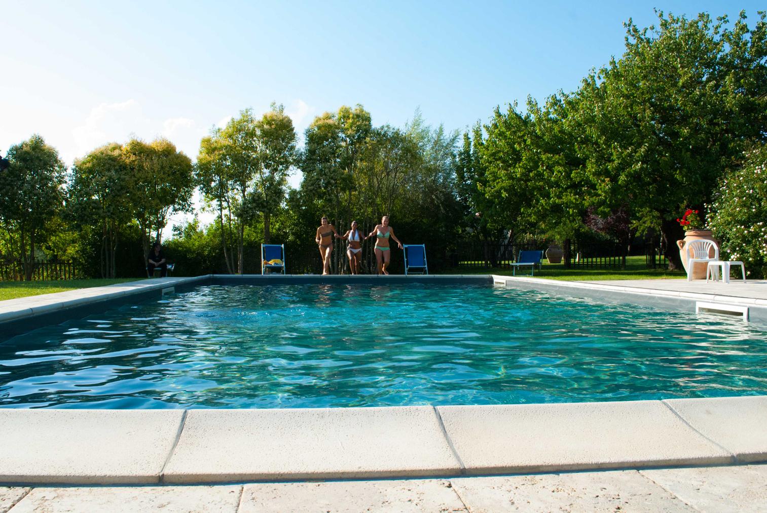 Agriturismo con piscina nelle terre di siena - Agriturismo siena con piscina ...